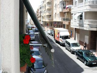 Cheap rent, 5 minutes to the beach, Torrevieja