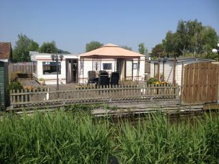 Large and luxurious mobile-home Amsterdam