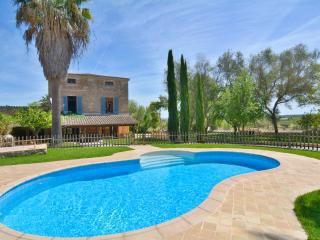25 Mallorca traditional country house with Pool, Sencelles