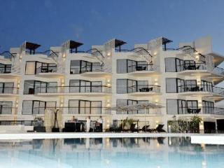 Luxury on the Beach 2 Bedroom Apartment for Holiday Rental HOL2601, Nai Yang