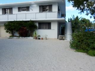 Awesome, Cozy, Large, Two Bedroom, On Canal Front, Key Largo