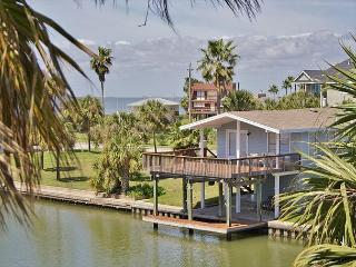 North Star is the only way to find your way to the beach & bay! On the canal!, Jamaica Beach