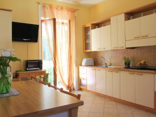 Family apartment in Sorrento centre