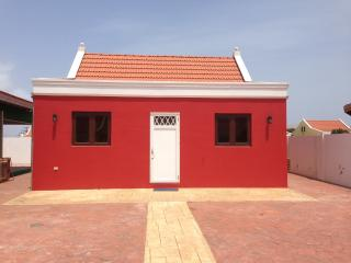 red cunucu house with pool access, Noord