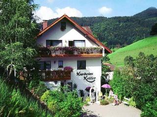 Vacation Apartment in Bad Peterstal-Griesbach - 969 sqft, 1 bedroom, 1 living room / bedroom, max. 4…