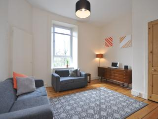Glasgow Shawlands 2 double bed flat - sleeps 4