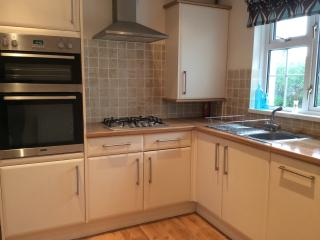 Saundersfoot Cottage, WIFI, Private Gardens