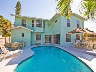 Venice Florida Rialto Mansion, 6 Bedrooms, Sleeps 16, HDTV, Heated Pool, Wifi