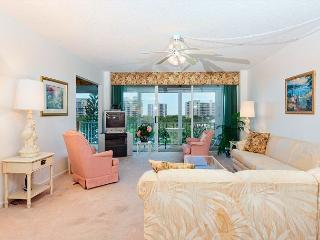 Marina Towers 406, Bay Front, Elevator, Heated Pool, Fort Myers Beach