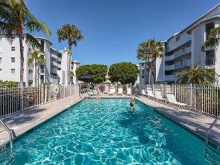 Royal Pelican 321, Canal View, Elevator, 2 Heated Pools, Fort Myers Beach