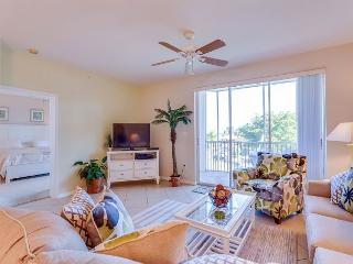 Casa Marina 623-6, Canal Front, Elevator, Heated Pool, Tennis, Fort Myers Beach