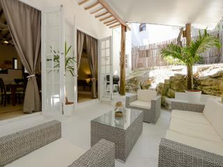 Villa 5 min from the Beach and center, Playa del Carmen