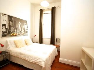 Bellevue Hill Cozy 1 Bedroom BH03, Sydney