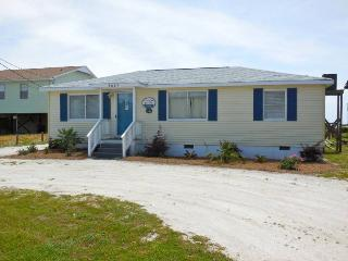 Cottage By The Sea - Folly Beach, SC - 3 Beds BATHS: 2 Full
