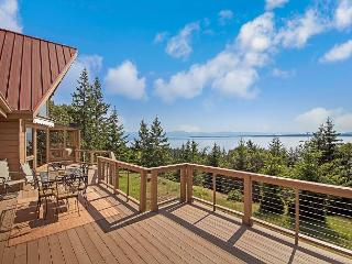 NEWLY LISTED! Amazing Westside WATERVIEW! (High Haro Retreat), Friday Harbor