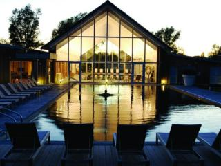 Contemporary Cotswold lakeside home, Cirencester