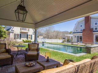 CHAPS - Luxury South Beach Home, Pool, Cabana with Fireplace, Edgartown