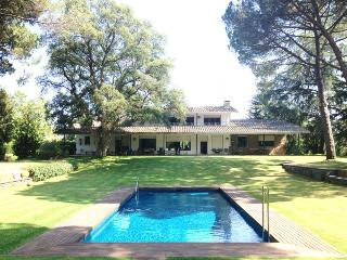 Beautiful  Villa in Cardedeu 30km from Barcelona.