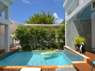 'CLUB CLARK' Gorgeous 3 Bd 3 Bth Home w/ Pvt Pool. Close to Dante's!, Key West