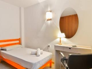 OFFER CHEAP APARTMENT IBIZA!!!, Ibiza
