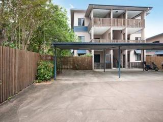 Gymea Apartment 7 - 2 Bedroom Apartment, Townsville