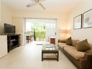 Beach Club One Bedroom Apartment #3414, Palm Cove