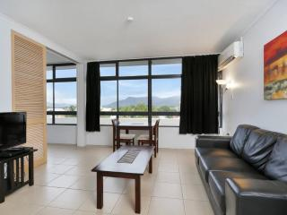 Sunshine Towers 407 - One Bedroom Apartment, Cairns