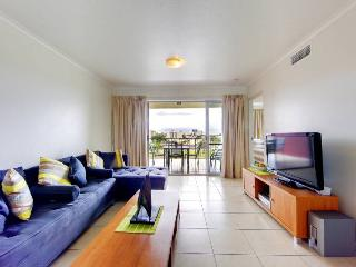 Urban Quarter 83 - 3 Bedroom City Apartment, Townsville