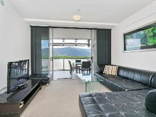 Harbour Lights - Two Bedroom Apartment 26, Cairns