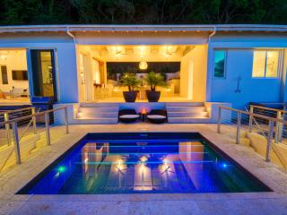Villa Lune, Trunk Bay (Owner Rep)