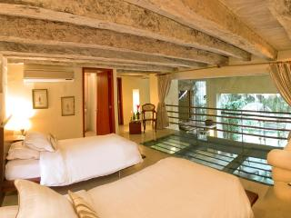 In Historic Cartagena: Spectacularly Beautiful 3 Bedroom Apartments in 16th Century Palace