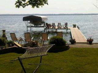 Cook's Bay cottage (#950), Barrie