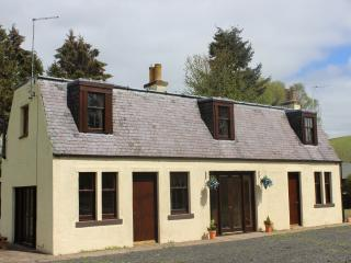 3 bedroomed converted coach house, Galashiels