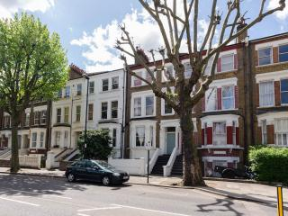 Little Venice 2 bed flat 92, London
