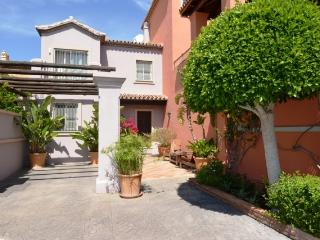 Panoramic Views 3 Bed TH Marbella - Puerto Banus