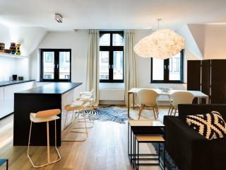 BRAND NEW - Modern Apt. next to Grand Place: 100m², Brussels