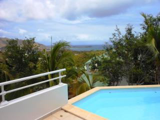 JELUCA 5... charming, affordable 4BR villa overlooking Orient Bay
