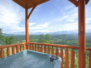 Luxury 2bedroom Cabin Legacy Resort Pigeon Forge TN 2miles to Dollywood, Sevierville