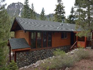 Alpine Meadows 5 Lakes Chalet - Alpine Vacation Rental, Lake Tahoe (California)