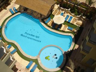 Paradise Hill-Luxury 2 Bedroom Apt - Pool/Sea view, Hurghada
