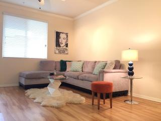 #1  2BR/2BA BEST location in HOLLYWOOD, Los Ángeles