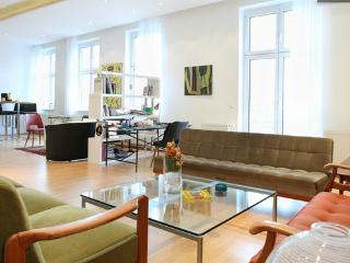 Stephansplatz Apartment, Vienna