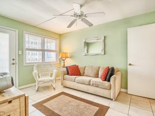 Great family friendly condo! Steps from the beach!, Wildwood Crest