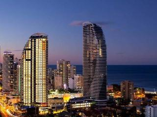 Enjoy Best Price 5 Star Luxury Holiday Apartment, Broadbeach