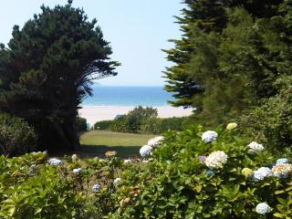 Beach Gite - Beach House Rental in Brittany, Plonevez-Porzay