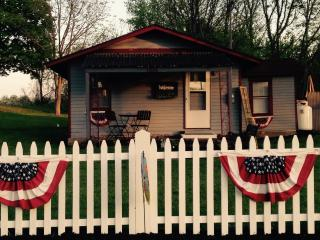 The Pultneyville Harbor Office Cottage