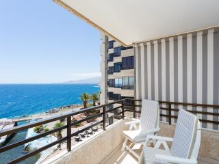 APARTAMENT IN FRONT THE SEA-WIFI, Tabaiba