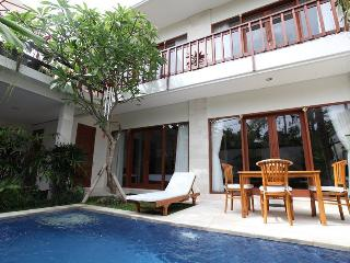 Kekasih, 3 Bed / 4 Bath Villa, Beach Side Sanur,