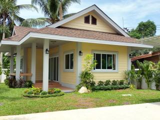 Brand New Tropical 1 Bedroom House, Surat Thani