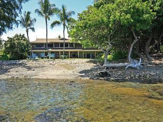 Magnificent Oceanfront Home of the Hula Moon ~ RA6282, Kawaihae